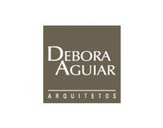Debora Aguiar